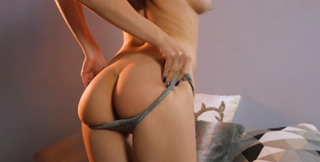 kneesocks porn